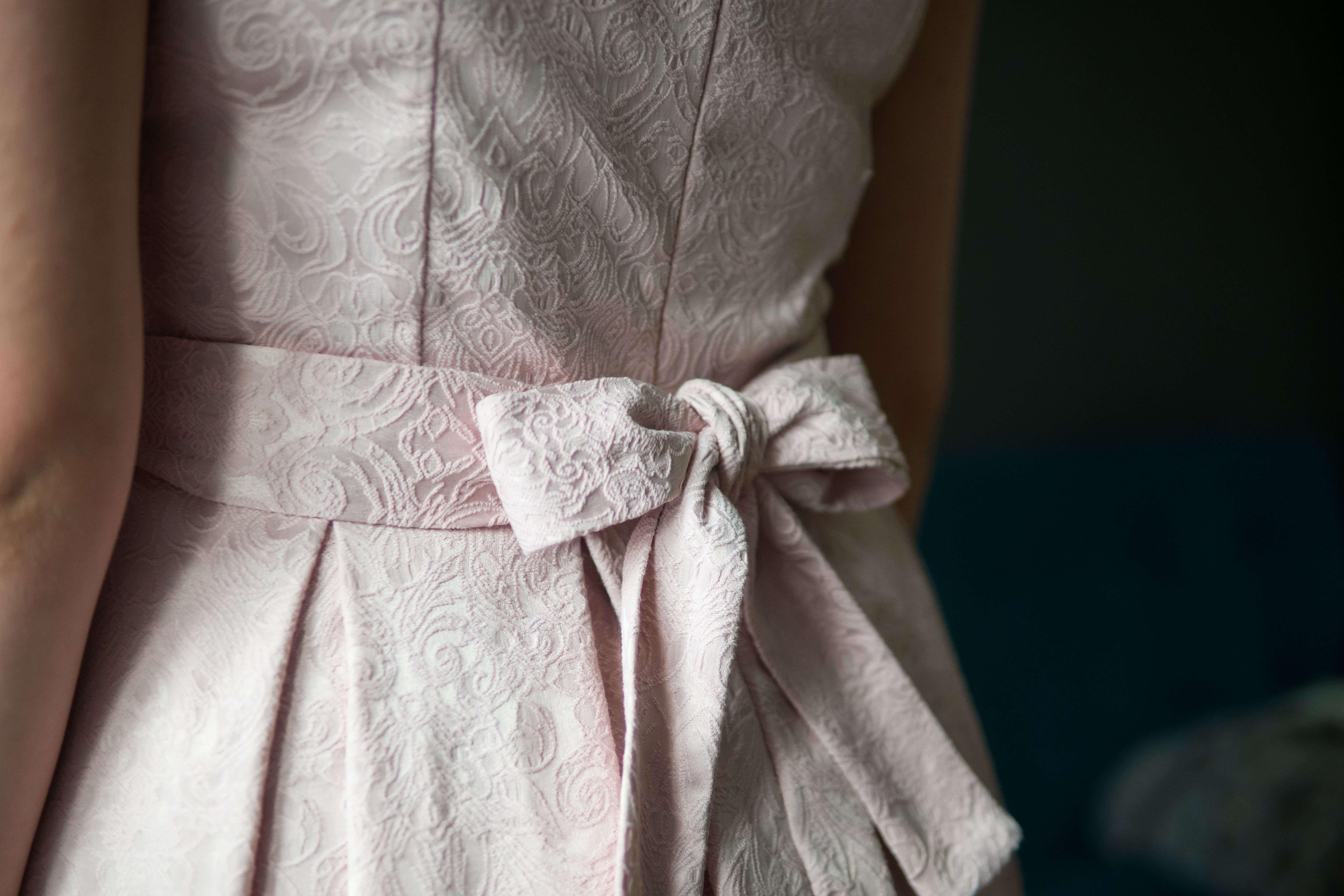 Sukienka do karmienia Tulip pudrowa