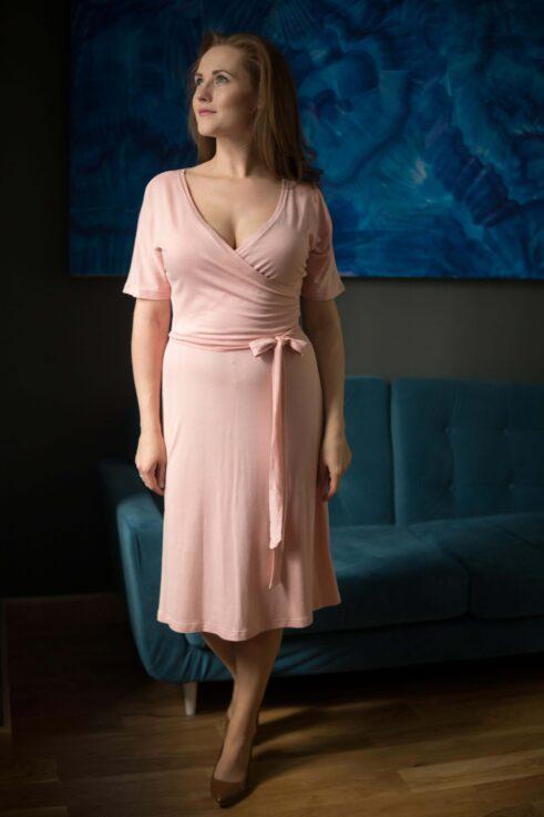 Sukienka kopertowa Envelope łososiowa