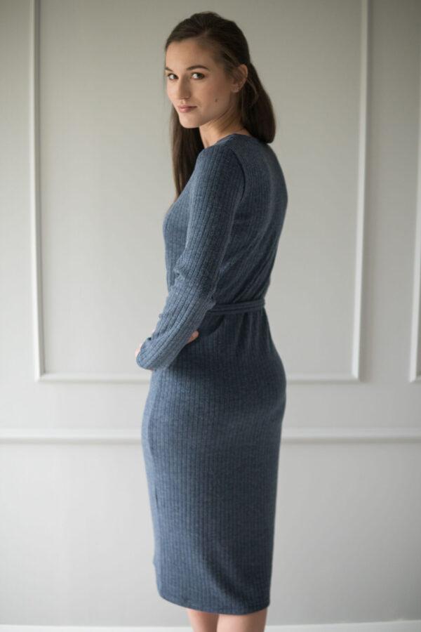 Sukienka do karmienia swetrowa Yerba granatowa