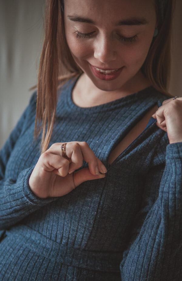 Klara navy blue-swetrowa sukienka ciążowa i do karmienia