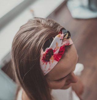 Materiałowa opaska na głowę - róże
